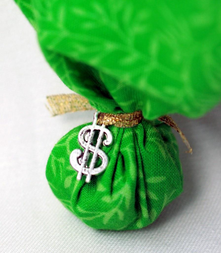 mojo money sign