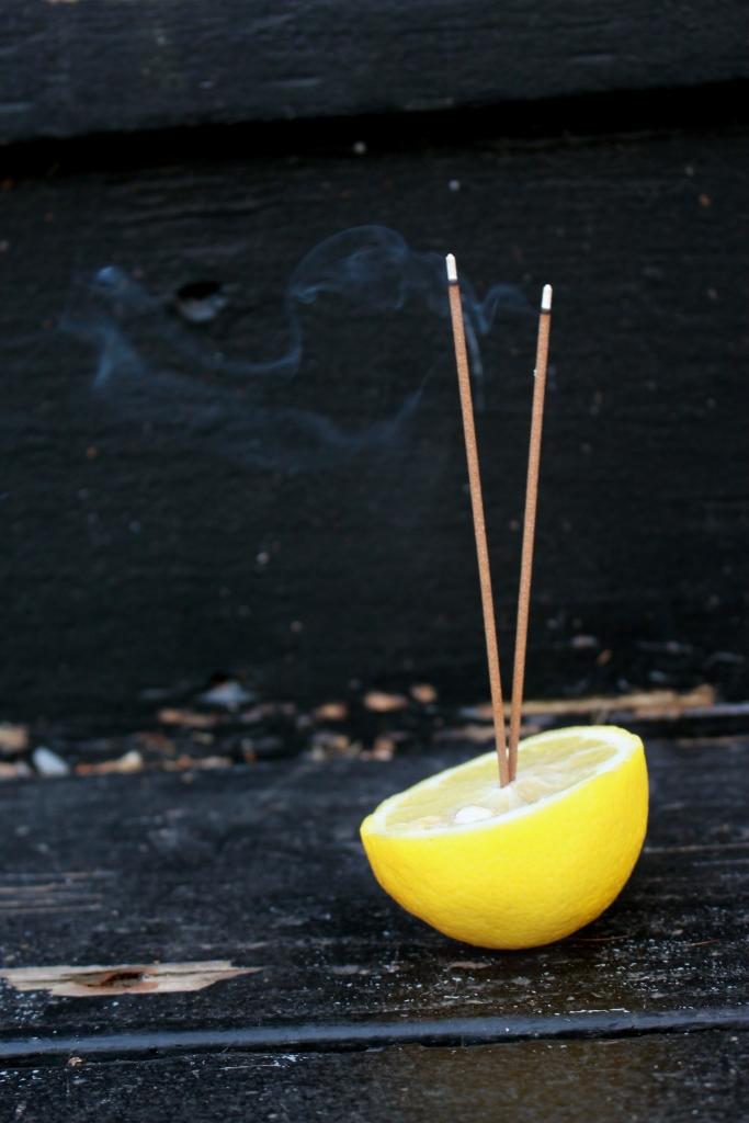 lemon incense holder