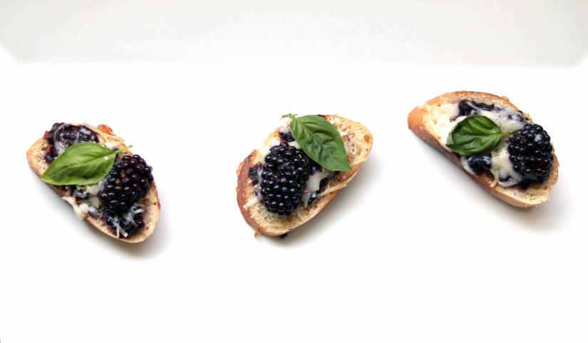 Lammas with a Kitchen Witch: BlackberryBruschetta